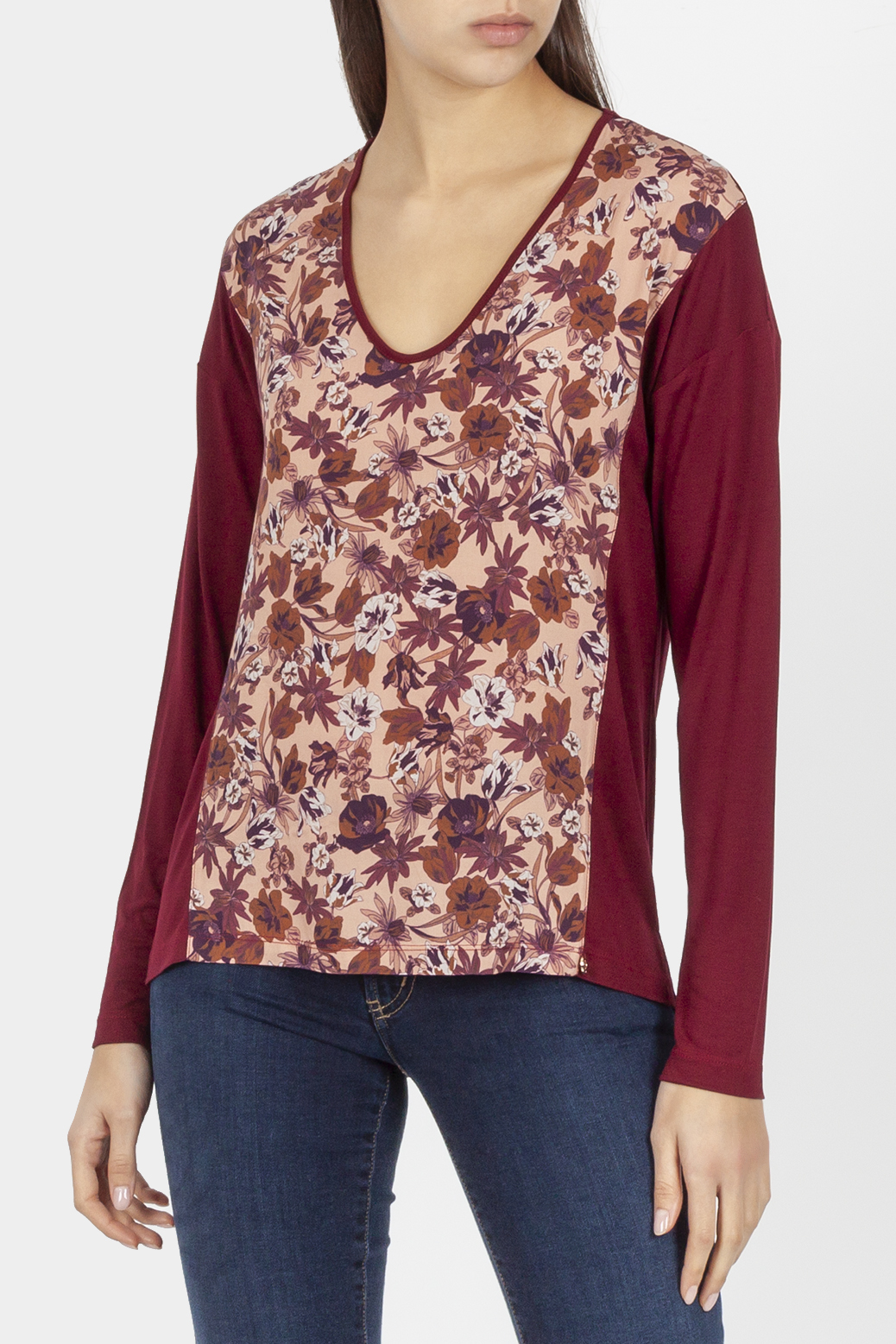 Long sleeved t shirt with print