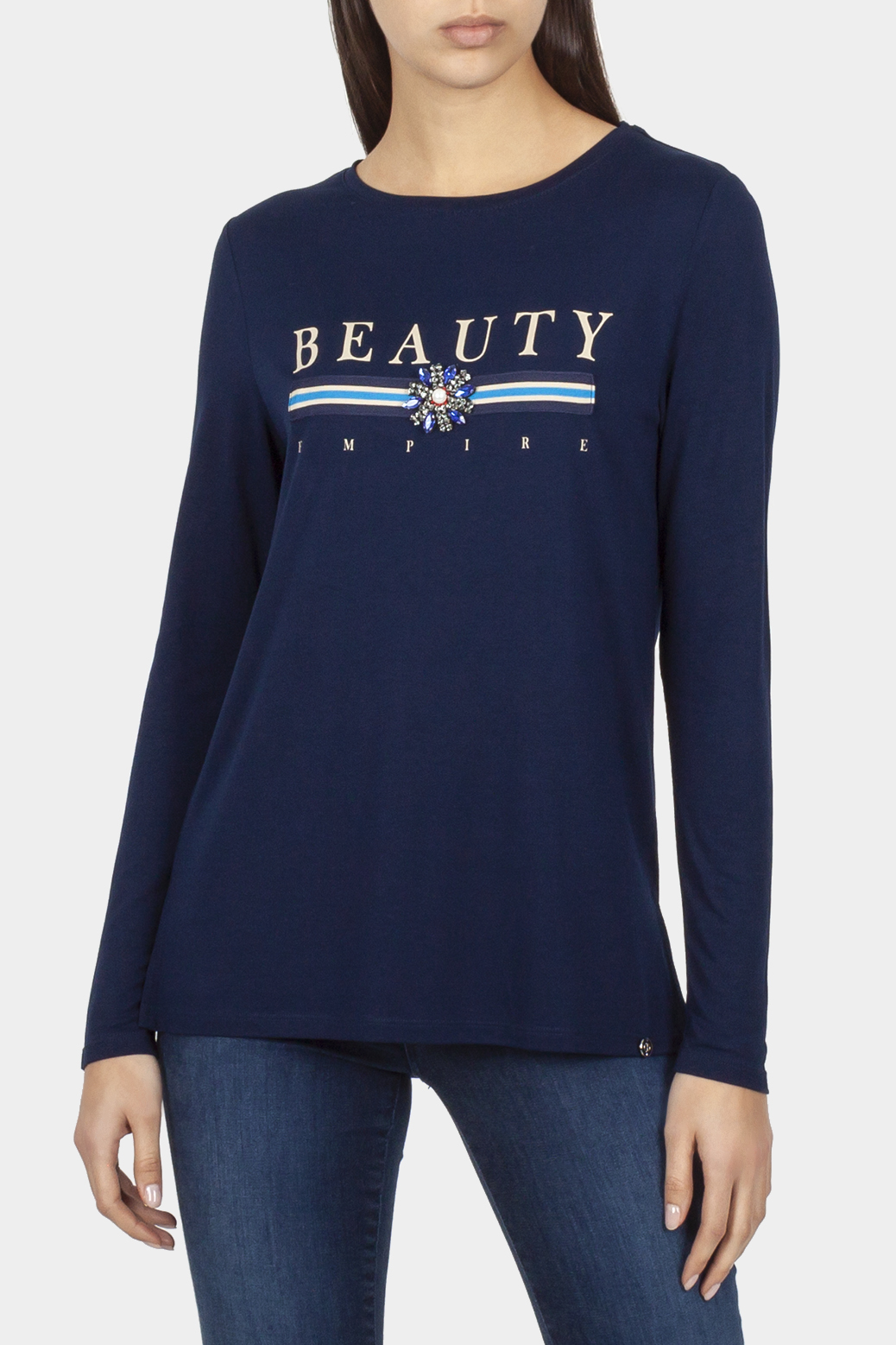 Long sleeved t shirt with motif