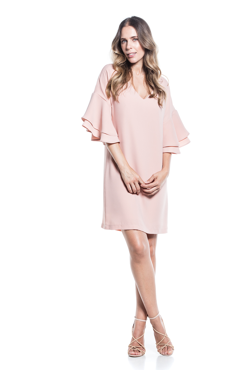 Fluid dress with frills on the sleeves