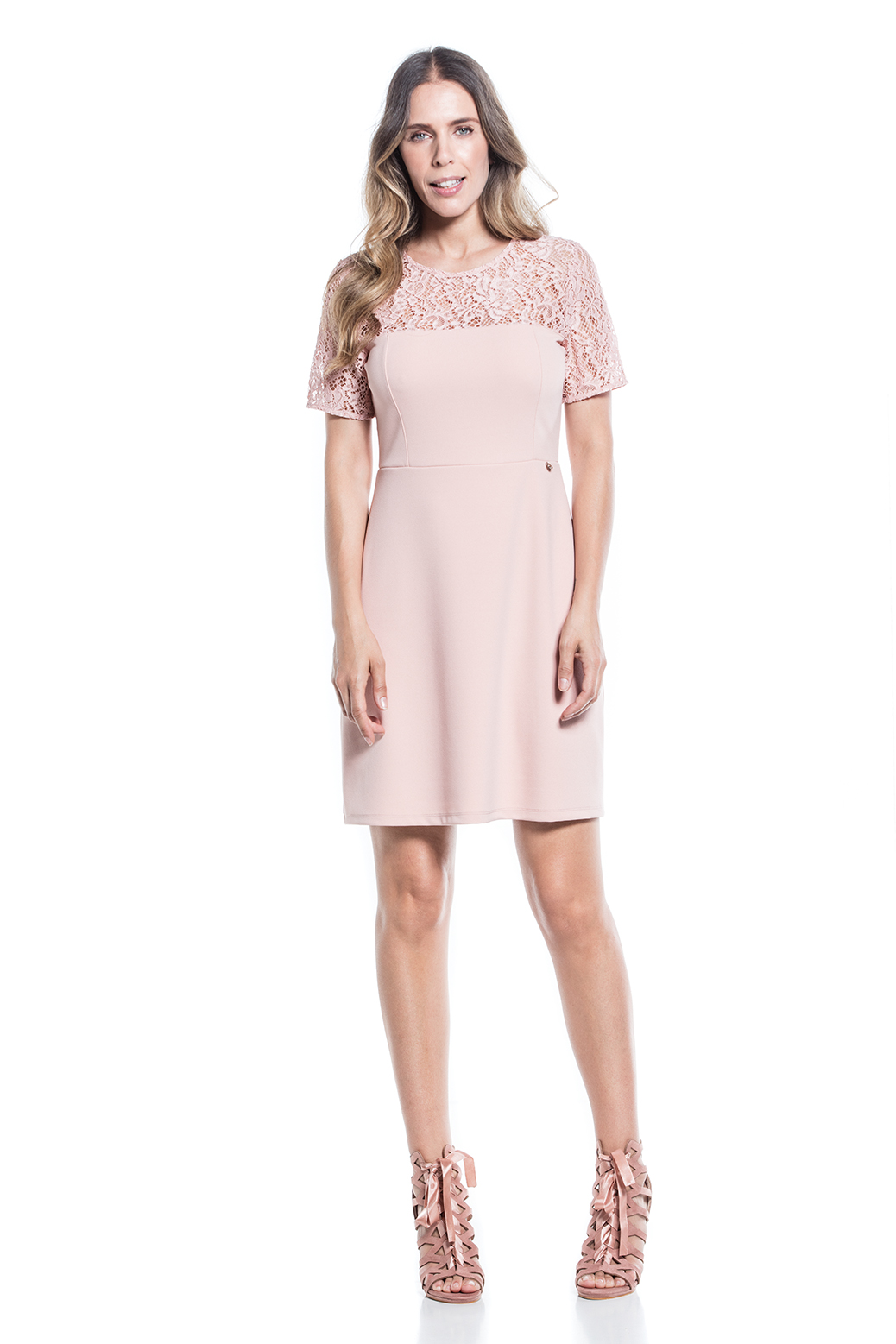 Structured dress with lace trim